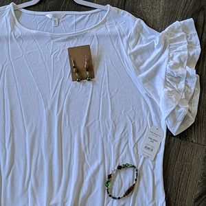 NWT White ruffle sleeve tunic